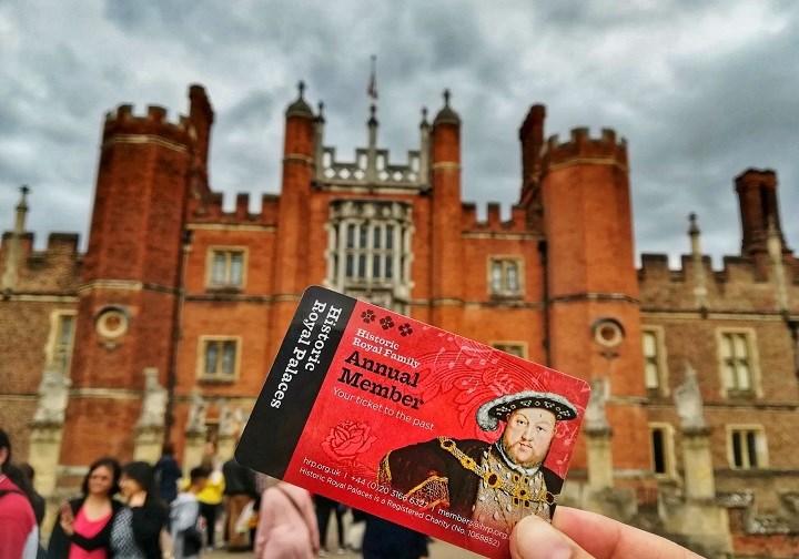 Historic Royal Palaces Card