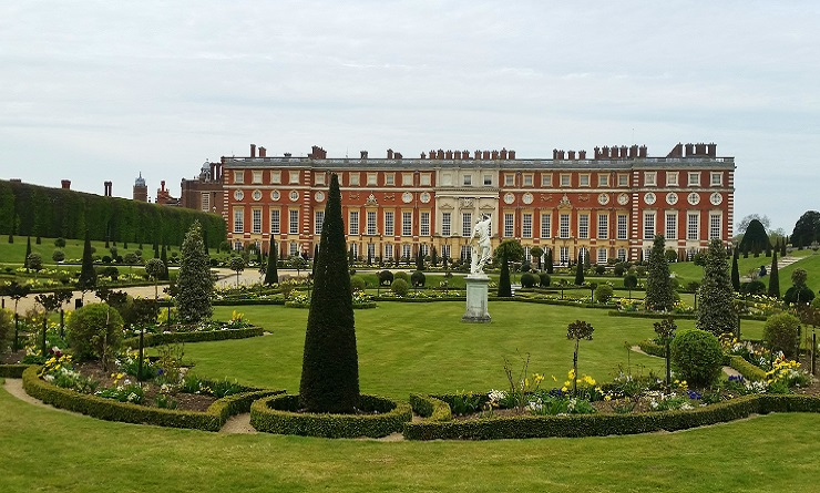 A Palace fit for a King, Hampton Court Palace England