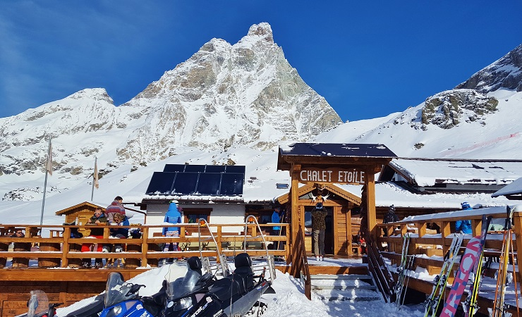 the front of Chalet Etoile with the Matterhorn (Cervino) in the background