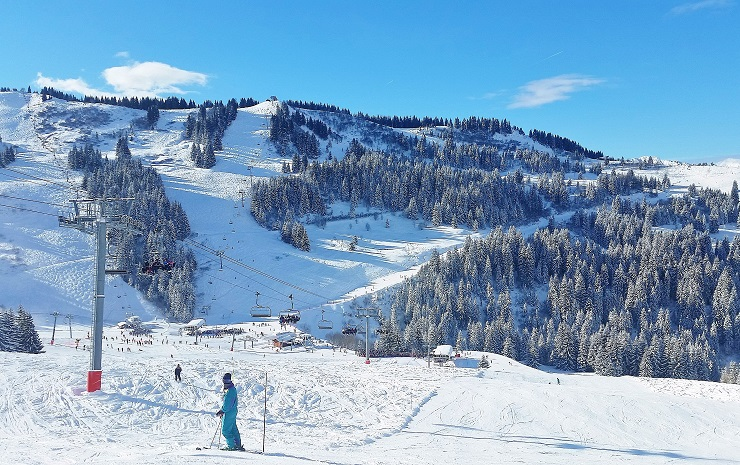 Skiing Les Gets Ski Resort France Europe