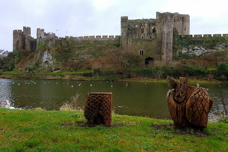 Pembroke castle from opposite side of the river