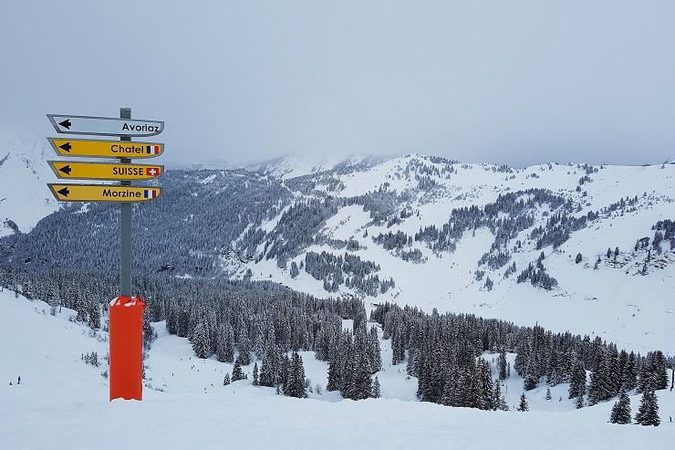 Signpost on the ski slopes of morzine resort