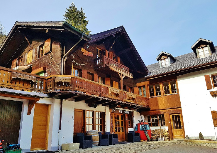 The front of Le Chalet de I'Atelier, Champery Switzerland