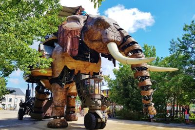 Mechanical elephant in Nantes France