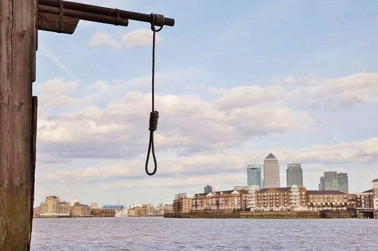Hangman's noose at the old docks, London England