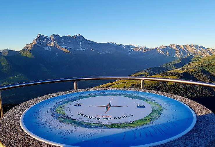 Panoramic table at the Pointe de Bellevue with Dents du Midi in the background
