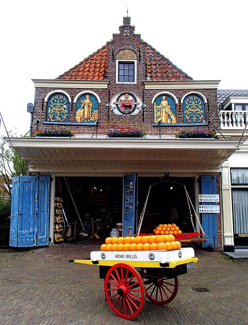 Old town building - edam netherlands