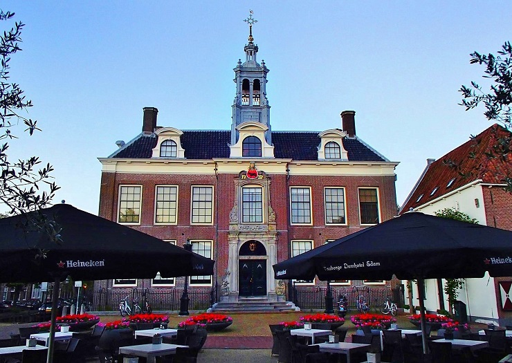 Edam Netherlands town hall - things to do in edam