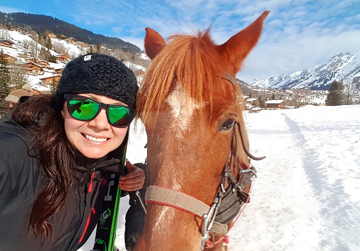 Mel B with the Ski-Joering horse