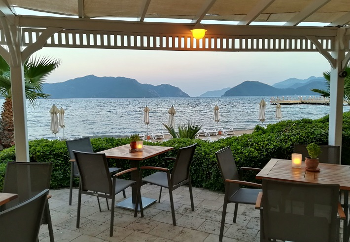 View of the sea from the outdoor dining are of the restaurant