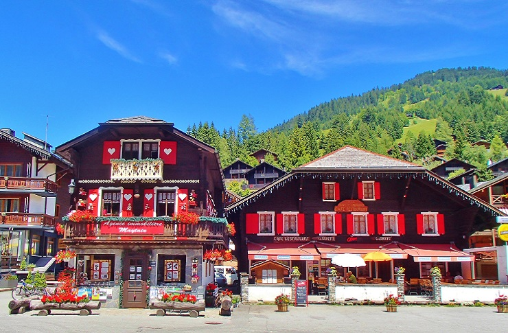 Traditional Swiss chalet builings - hotels in morgins switzerland