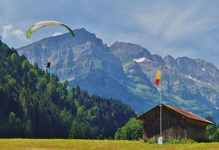 Paragliding Champery Portes du Soleli