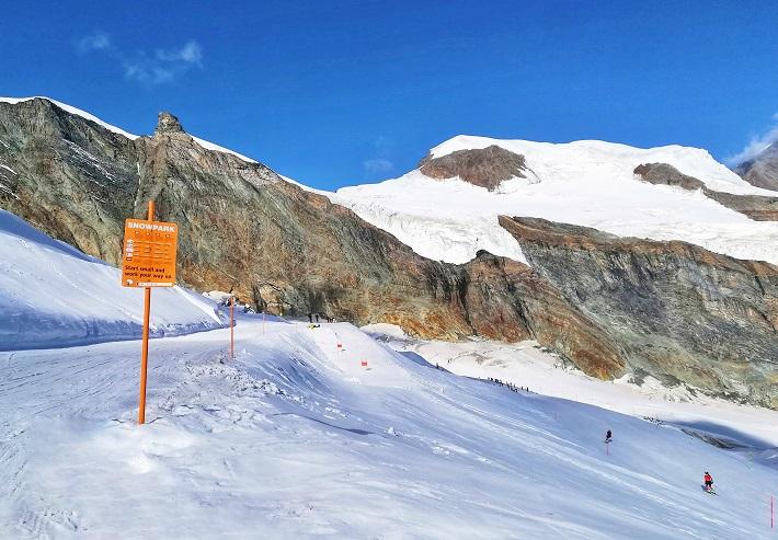 Skiing Saas Fee Switzerland Europe