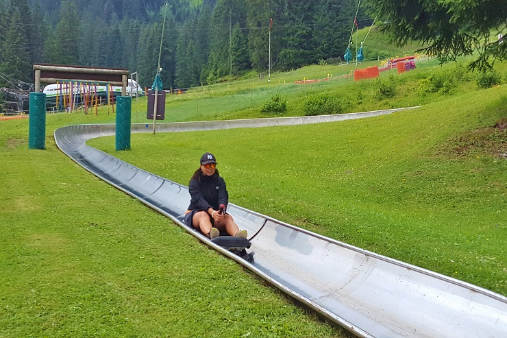 Riding the bob luge
