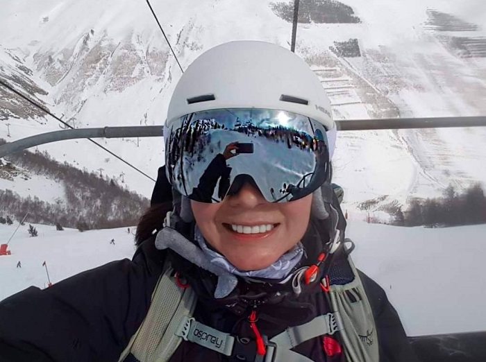 Selfie showing reflection in goggles