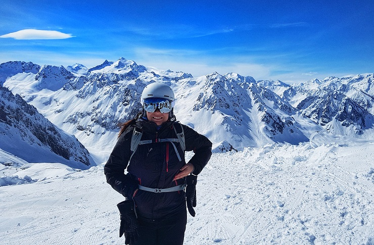 Melbtravel on the mountaintop skiing - French Pyrenees - Hautes-Pyrenees