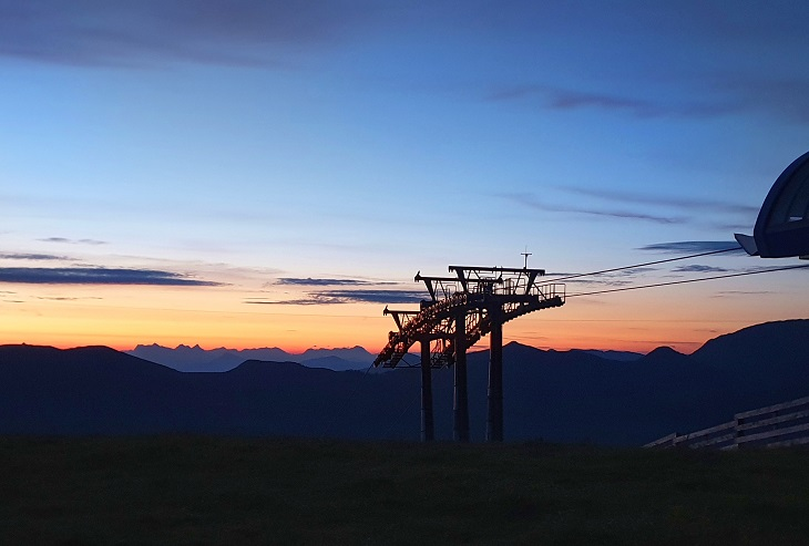 Chairlift sunrise hike