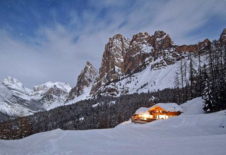 cortina dampezzo ski holidays