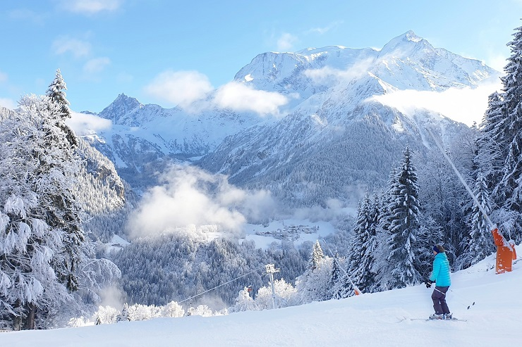 Skiing Saint Nicolas De Véroce Saint-Gervais Mont-Blanc France