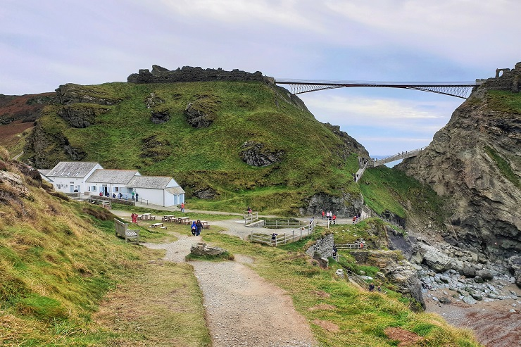 Tips on visiting Tintagel Castle Visitor's centre Cornwall England history UK